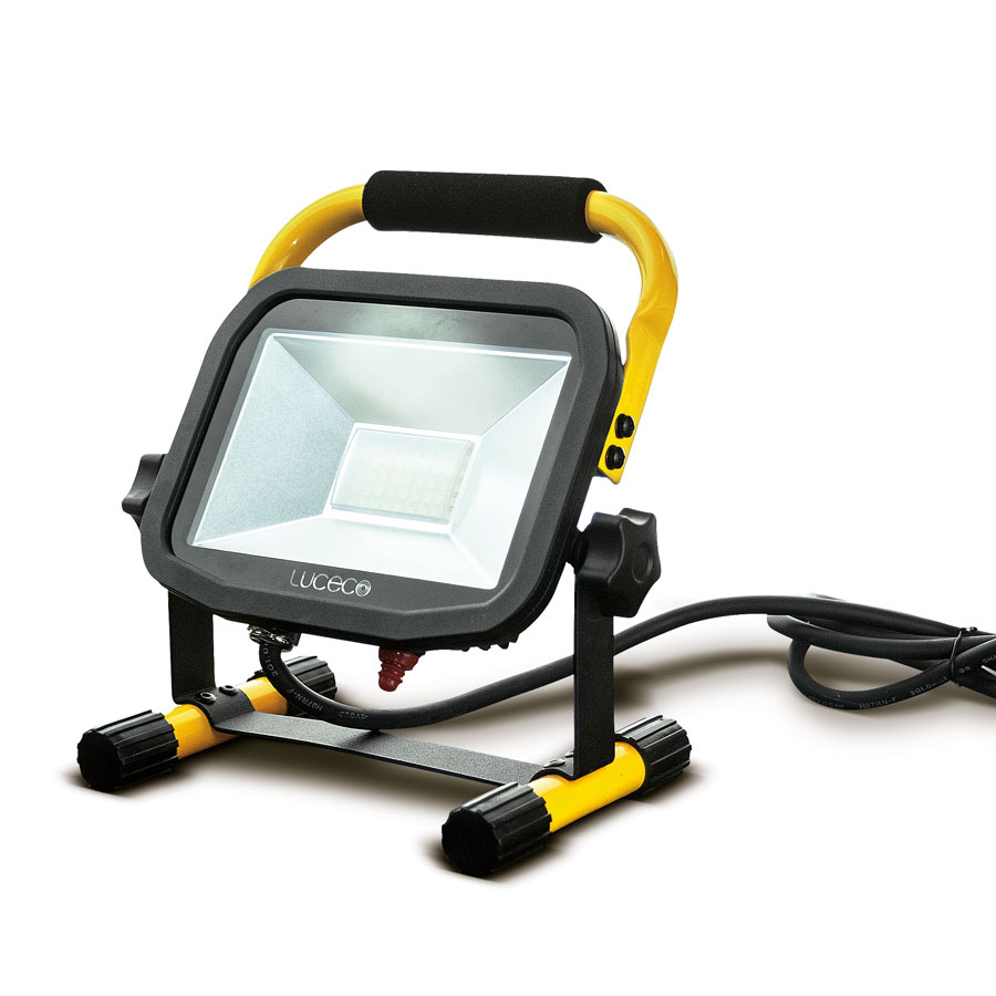 Luceco LSLPW181V 22W 1800lm LED Pre-Wired Site Portable Work Light